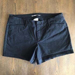 Old Navy • Black Pixie Khaki Shorts. Size 8.